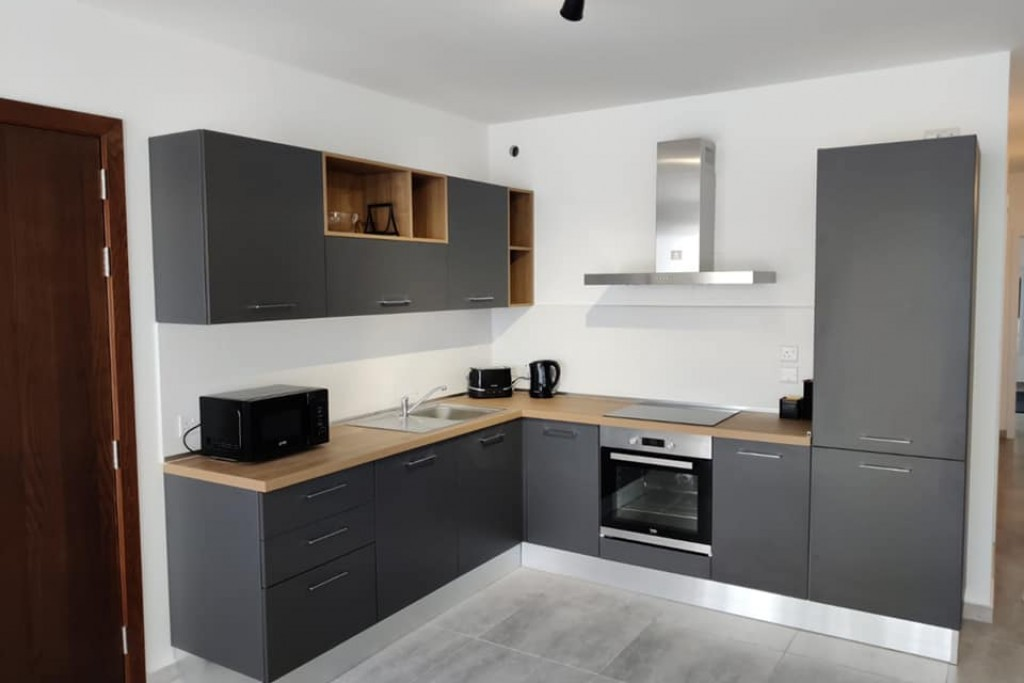 Affordable modern apartment in the centre of St Pauls Bay